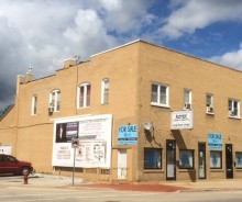 Fully leased Mixed Use Building (2 retail / 3 apartments) on Ruby Street in Joliet